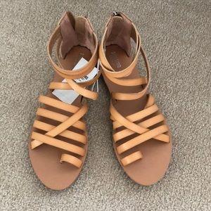 Brand new/ never worn tan sandals